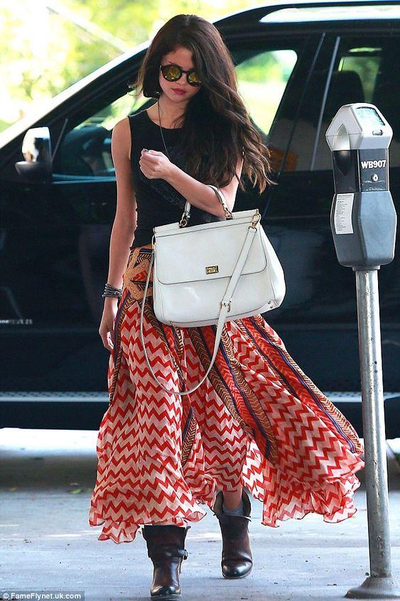 Selena Gomez country look style