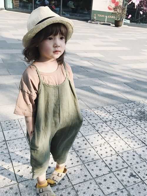 cute and fashionable baby girl clothes