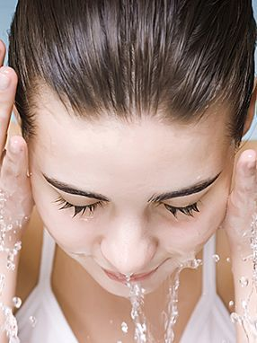 warm water helps to remove oily face problem