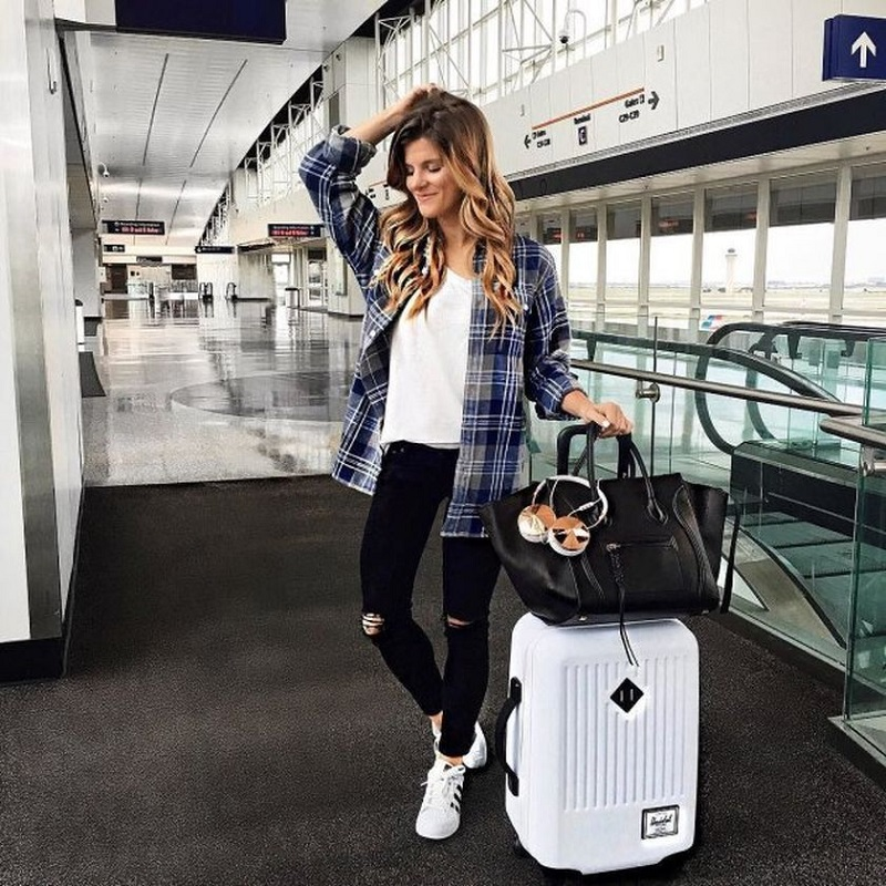 15 essentials spring travel outfit ideas