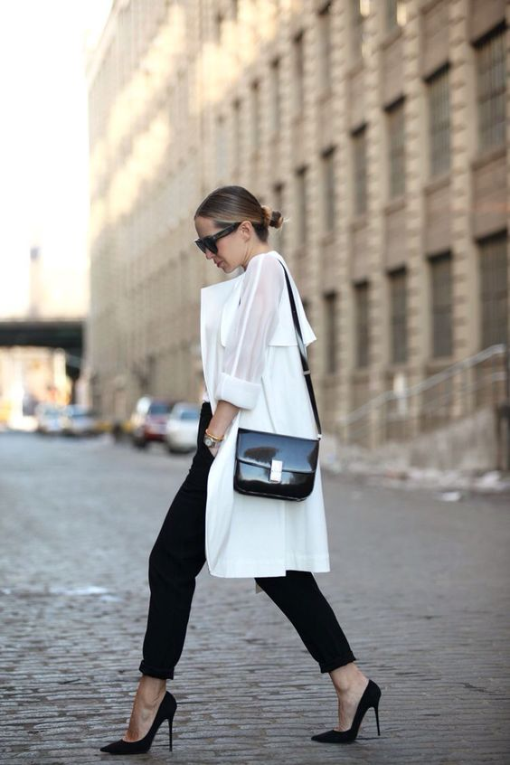 minimalist fashion trend in 2021