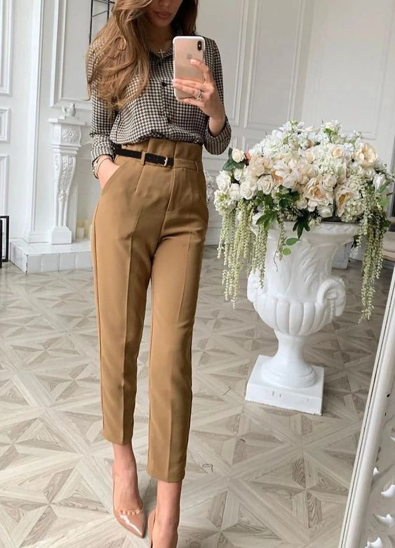 pencil pants for a lightweight spring outfit idea