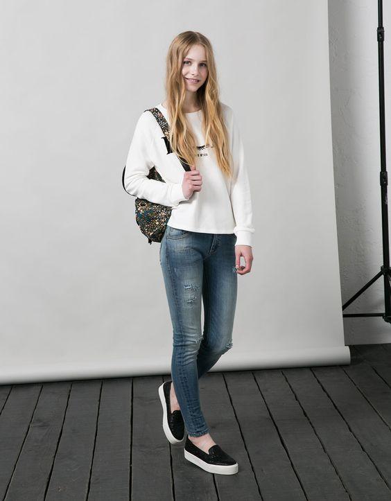 cute long sleeve tee for teenage girl