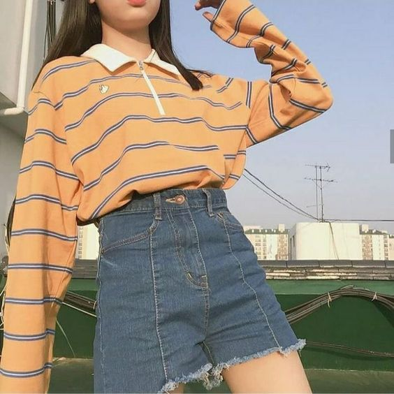 oversized long sleeve tee for essential cute girl outfit