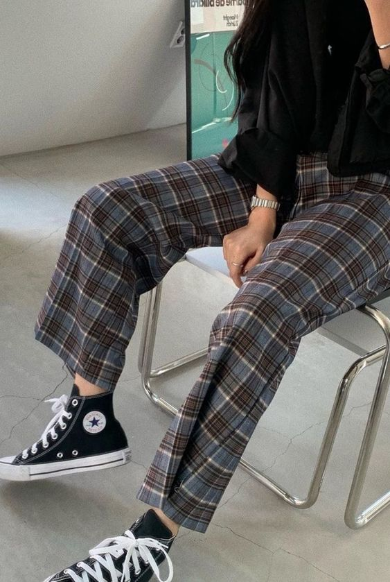 plaid loose pants for casual school outfit ideas