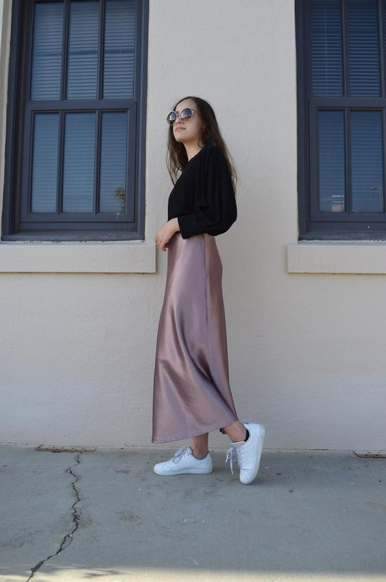 silk skirt for casual holiday outfit ideas
