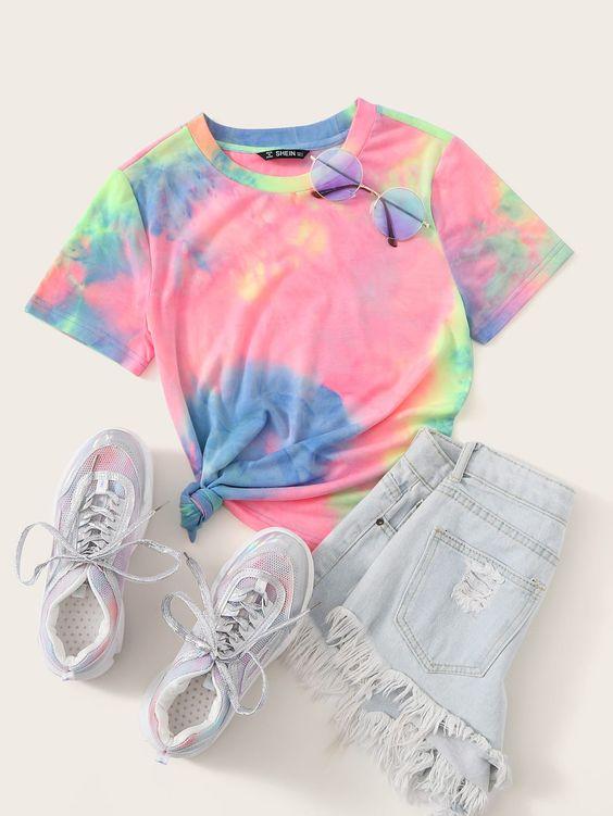 tie die tee for colorful teen capsule wardrobe
