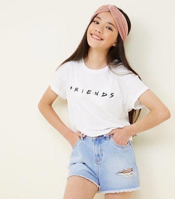 trendy graphic tee for teenage girl