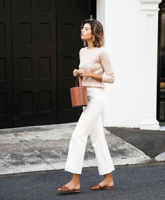 chic minimalist outfit with basic items