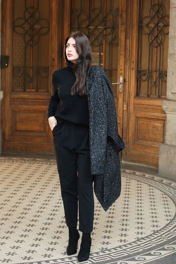 aesthetic minimalist style in black