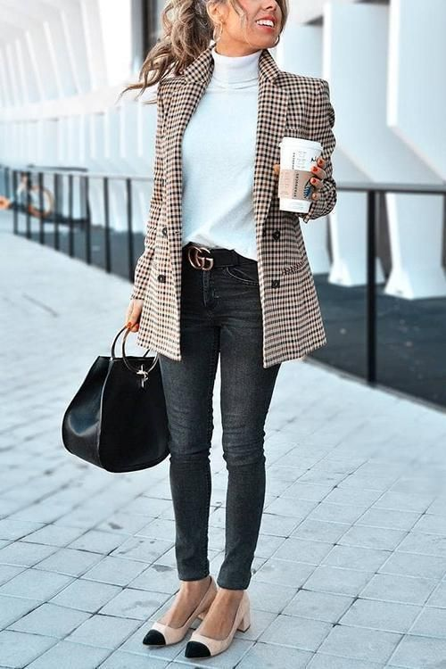 trendy blazer for the office style