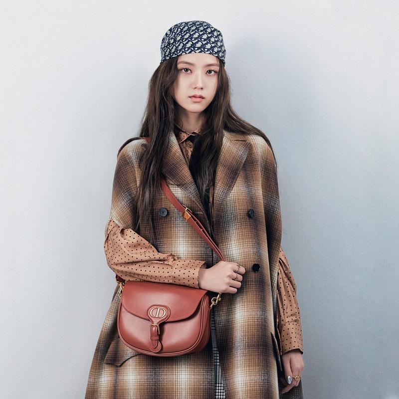 Jisoo Blackpink fashion style and best stylish Dior looks
