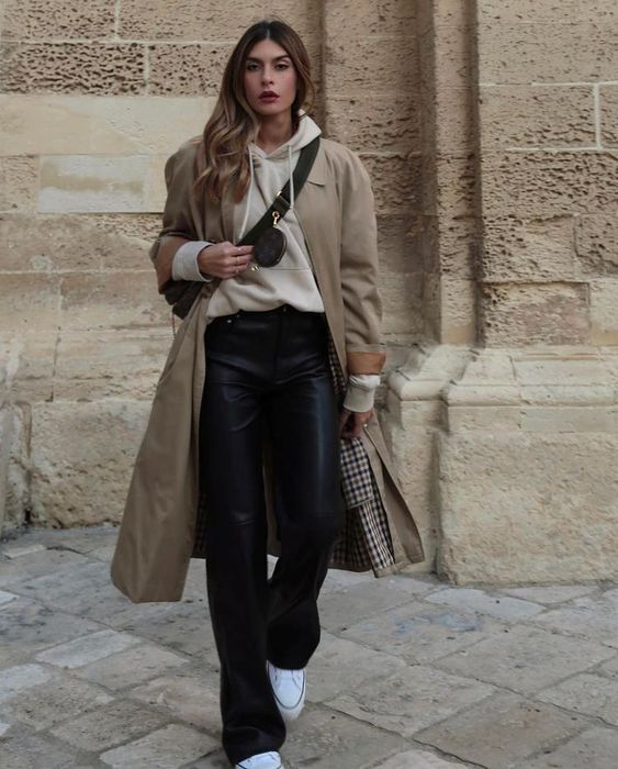 minimalist outfit style with layering concept