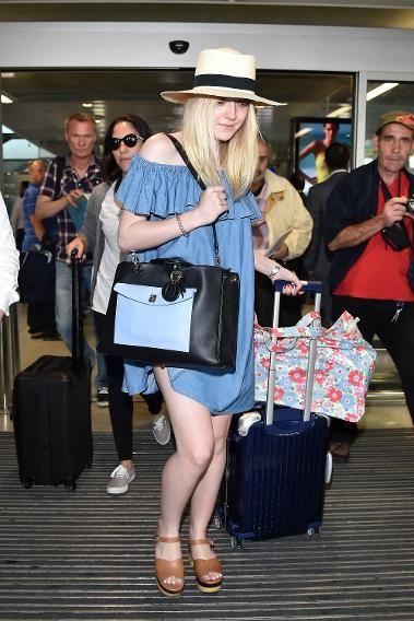 off-shoulder mini dress for summer airport idea