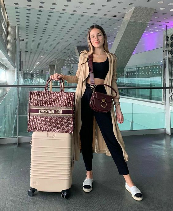 lowkey summer travel outfit ideas
