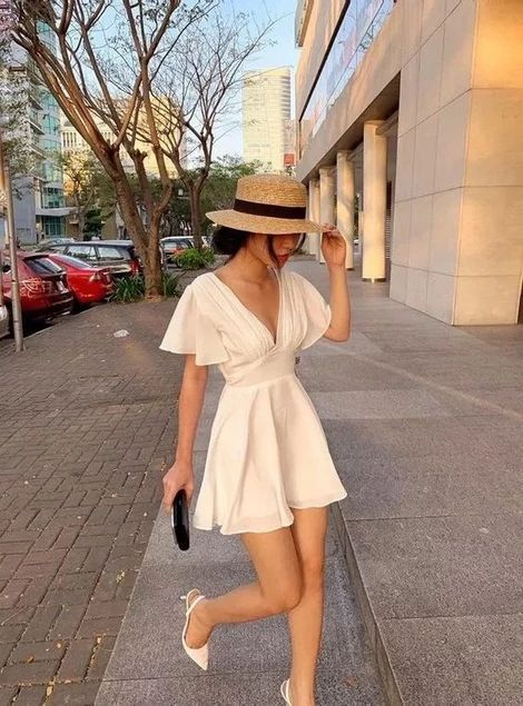 neutral casual dress for summer travel packing list