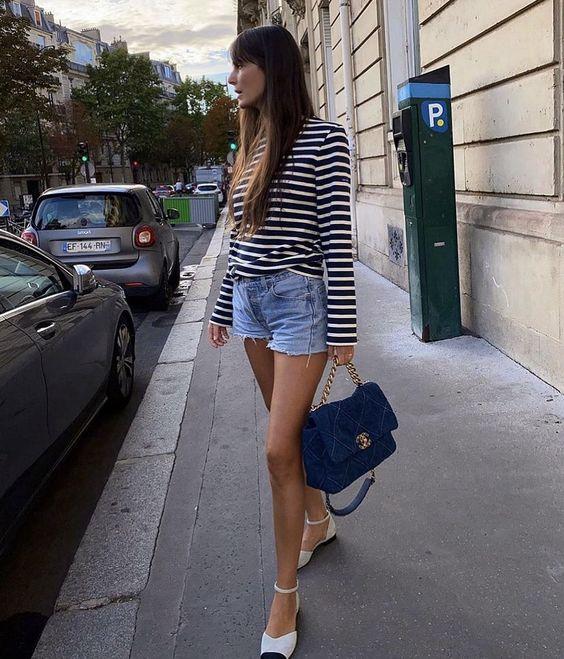 styling striped tee like Parisian girl