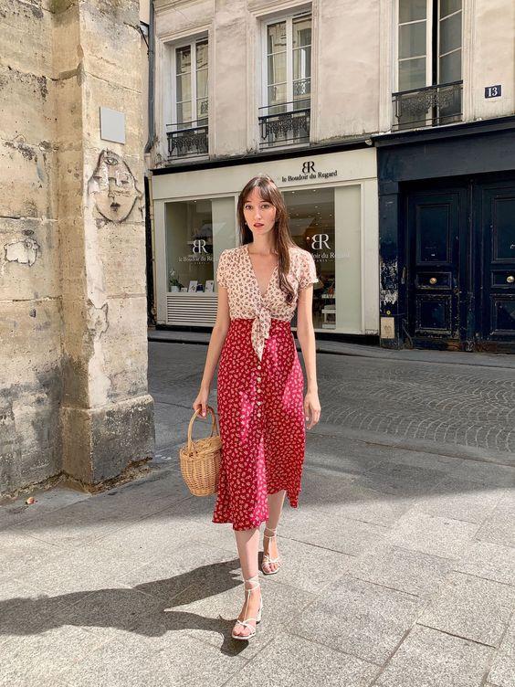 Lovely Parisian summer fashion style