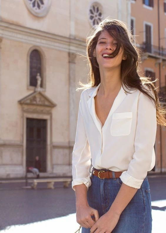 Styling jeans and white blouse French girl aesthetic style