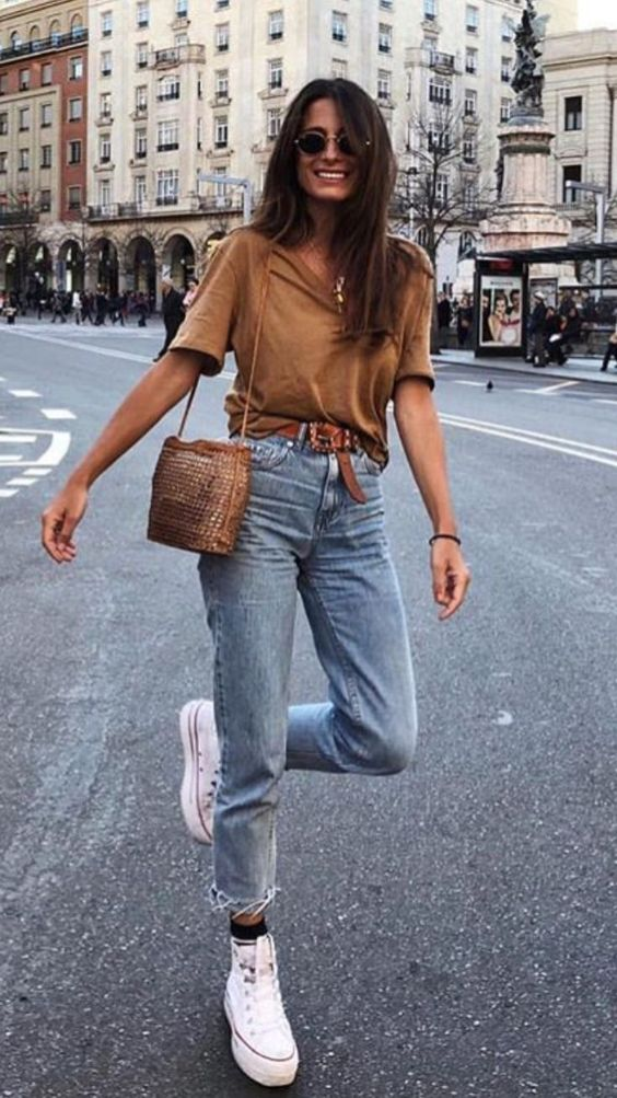 Styling jeans French girl aesthetic style