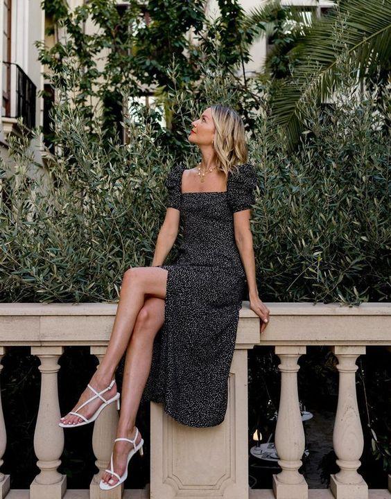 Puffy sleeves Parisian summer dress style