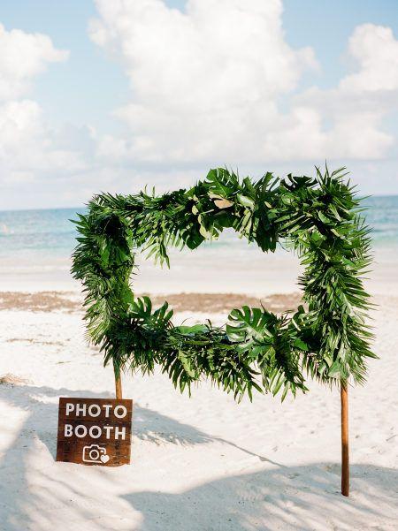 beautiful beach photo booths
