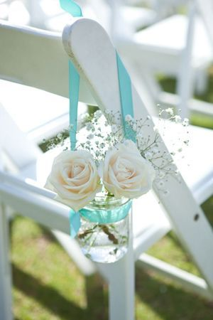decorate wedding chairs with beach style